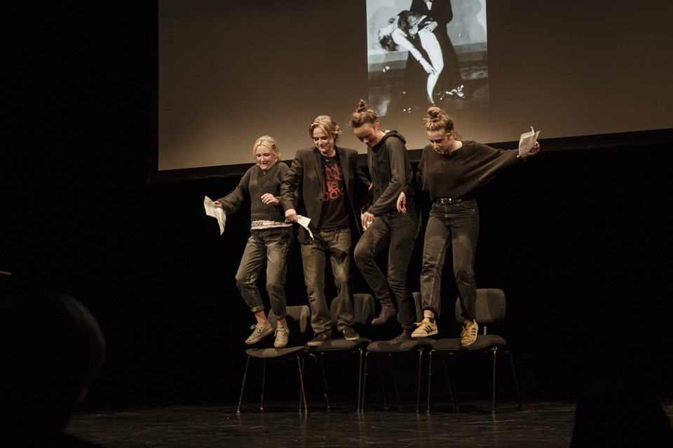 Jugendheatergruppe Departure e.V. , Berlin / Foto: Laura de Wit